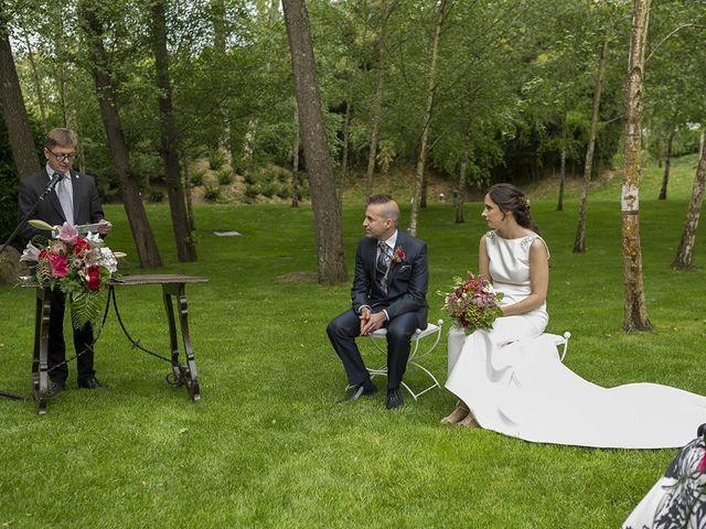 La boda de Mariona y Sergi en Santa Coloma De Farners, Girona 27