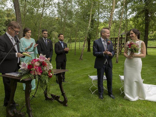 La boda de Mariona y Sergi en Santa Coloma De Farners, Girona 30