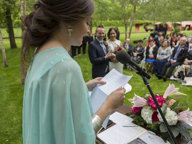 La boda de Mariona y Sergi en Santa Coloma De Farners, Girona 32