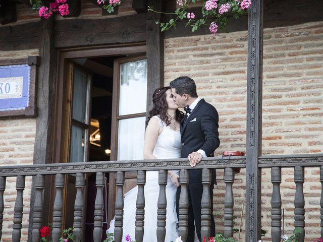 La boda de Rubén y Zuriñe en Lezama, Vizcaya 28