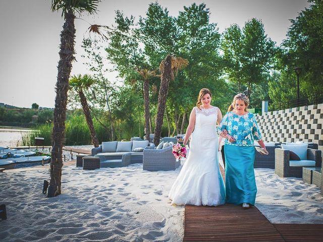 La boda de Fernando y Jennifer en Arganda Del Rey, Madrid 35