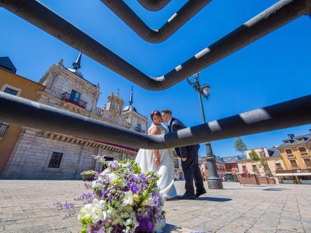 La boda de Alejandro y Marta en Ponferrada, León 6
