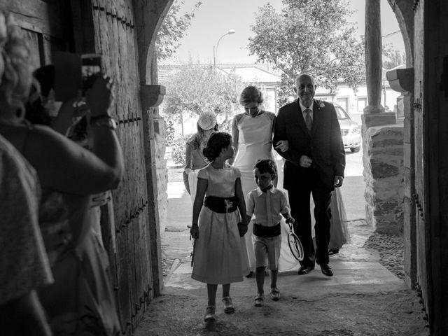 La boda de Jose y Nuria en La Bañeza, León 24