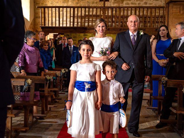 La boda de Jose y Nuria en La Bañeza, León 26