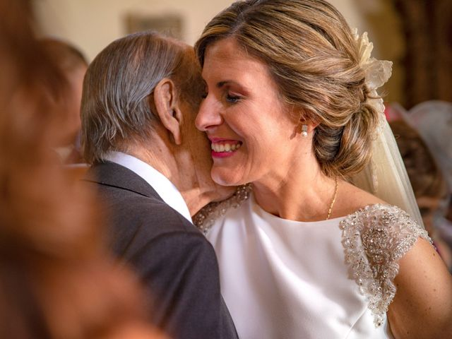 La boda de Jose y Nuria en La Bañeza, León 33