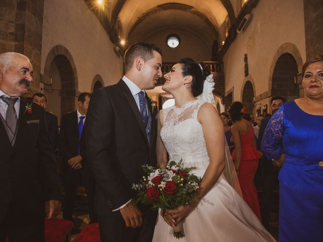 La boda de Alberto y Miriam en Cangas De Narcea, Asturias 11