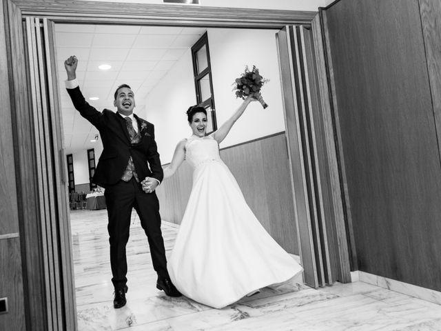 La boda de Alberto y Miriam en Cangas De Narcea, Asturias 16