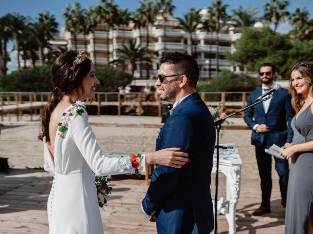 La boda de Adrián y Estefanía en Alcalà De Xivert, Castellón 32