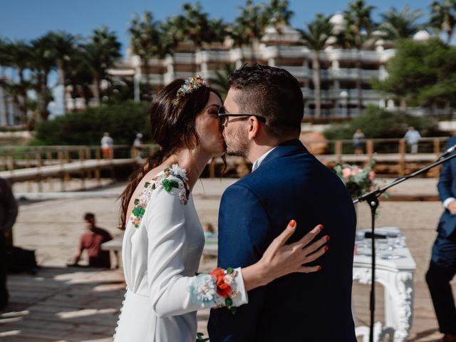 La boda de Adrián y Estefanía en Alcalà De Xivert, Castellón 33