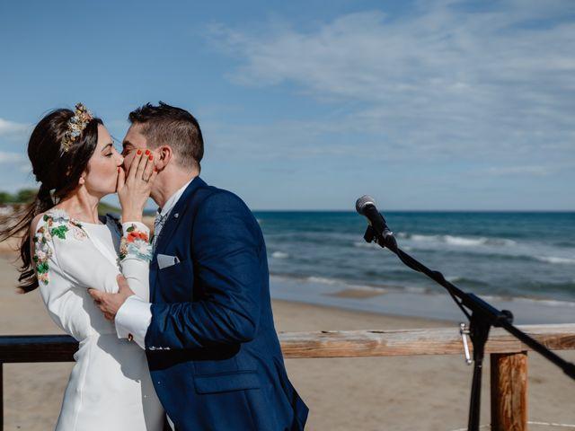 La boda de Adrián y Estefanía en Alcalà De Xivert, Castellón 47