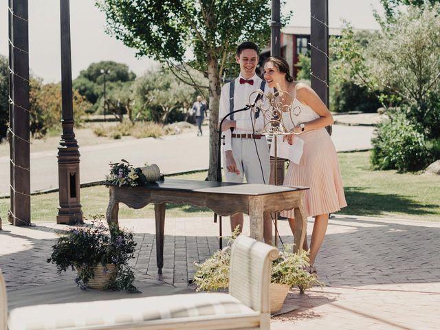 La boda de Ale y Laure en Almorox, Toledo 63