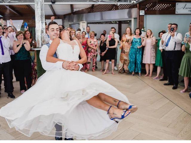 La boda de Cristian y Nuria en Alcalá De Henares, Madrid 1
