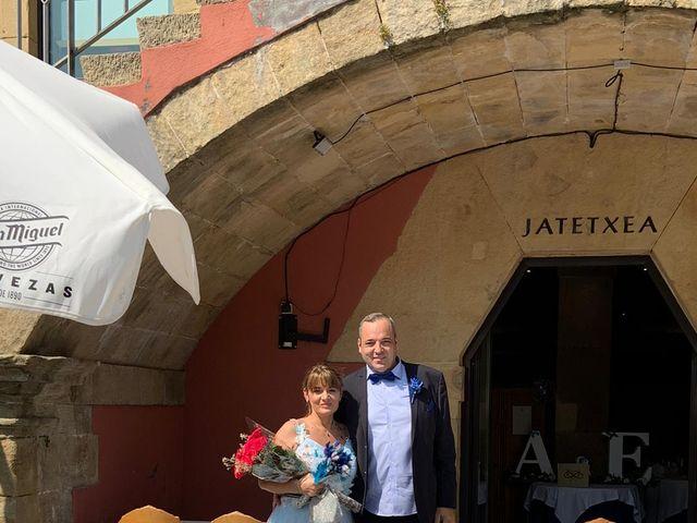 La boda de Adrian y Emily en Donostia-San Sebastián, Guipúzcoa 2