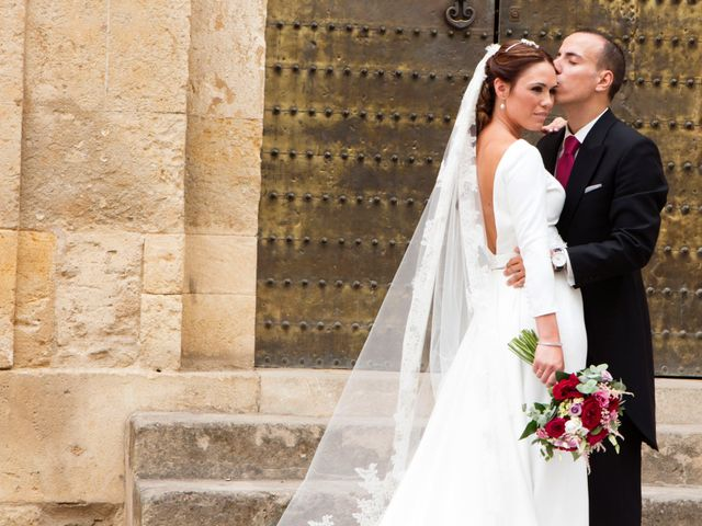 La boda de Javier y Arantxa en Córdoba, Córdoba 11