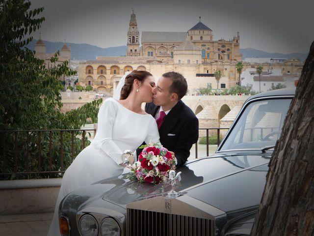 La boda de Javier y Arantxa en Córdoba, Córdoba 16