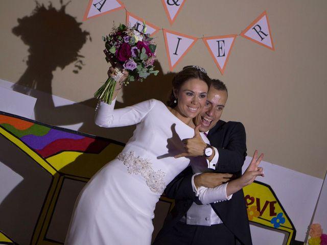 La boda de Javier y Arantxa en Córdoba, Córdoba 37