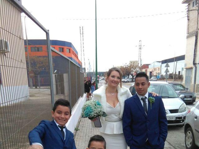 La boda de José  y Karolina  en Valencia, Valencia 2