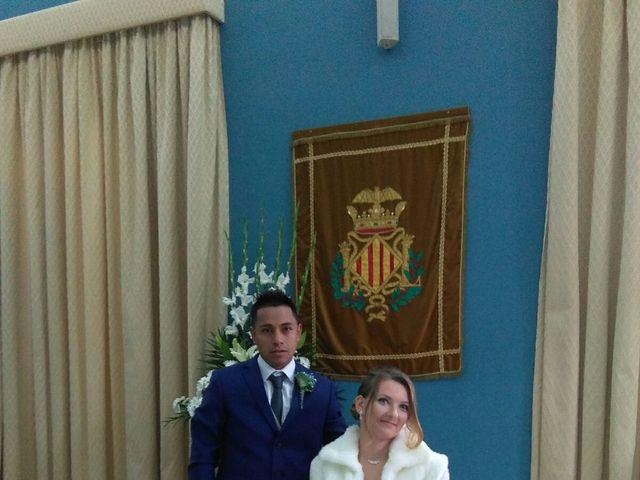 La boda de José  y Karolina  en Valencia, Valencia 6