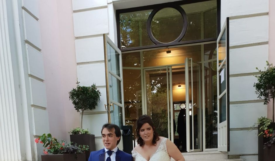La boda de Jesús  y  Chris en Madrid, Madrid