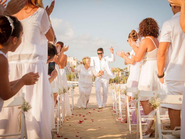 La boda de Tete y Elena en Canet De Mar, Barcelona 20