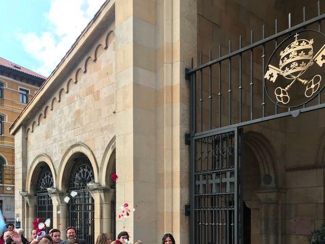 La boda de Jesús y Patricia en Gijón, Asturias 10