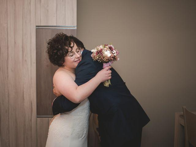 La boda de Toni y Nuria en Badalona, Barcelona 28