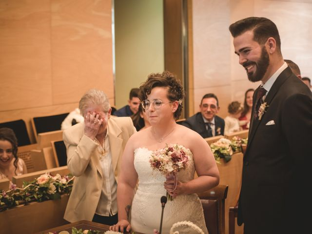 La boda de Toni y Nuria en Badalona, Barcelona 44