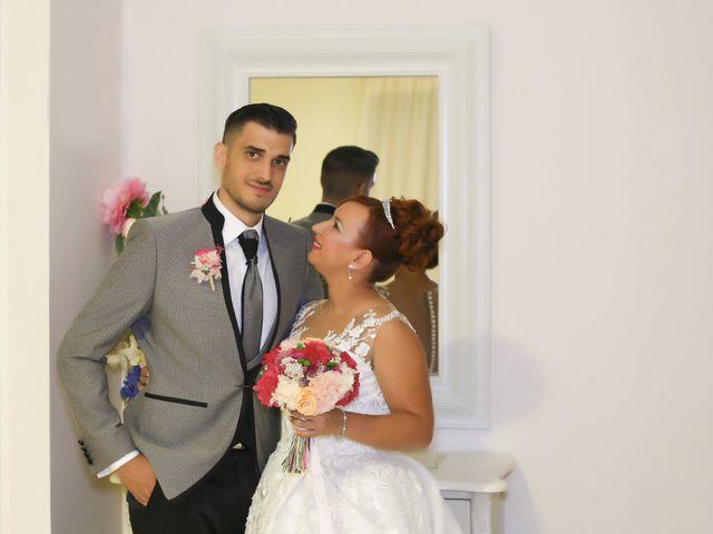La boda de Jose y Almudena en Villanueva Del Trabuco, Málaga 44