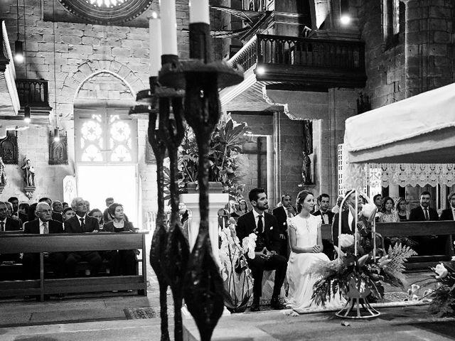 La boda de Miguel y Silvia en Outes, A Coruña 44