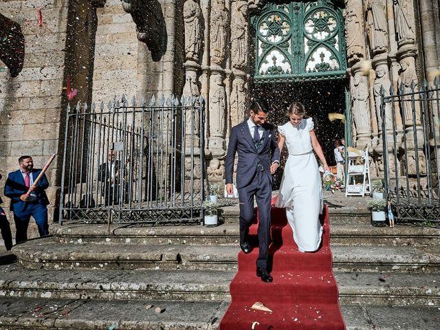 La boda de Miguel y Silvia en Outes, A Coruña 55