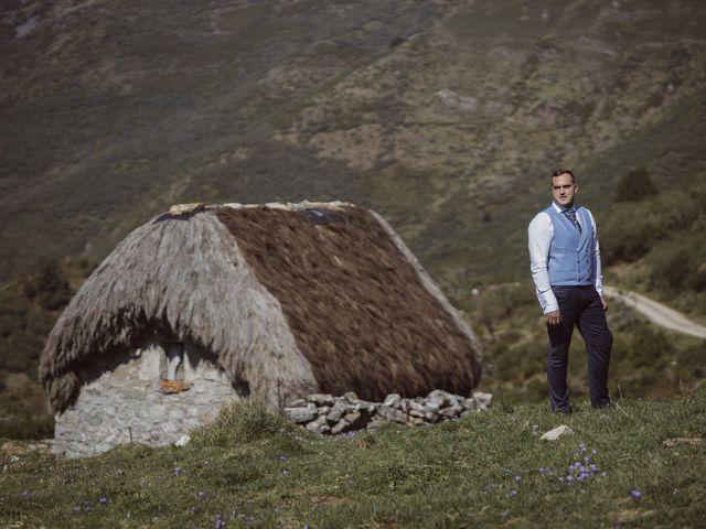 La boda de Matías y Ana en Cueva (La Espina), Asturias 13