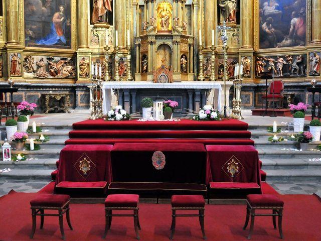 La boda de Aitor y Camino en Valdastillas, Cáceres 1