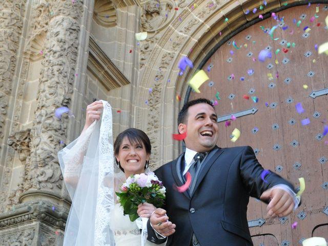 La boda de Aitor y Camino en Valdastillas, Cáceres 14