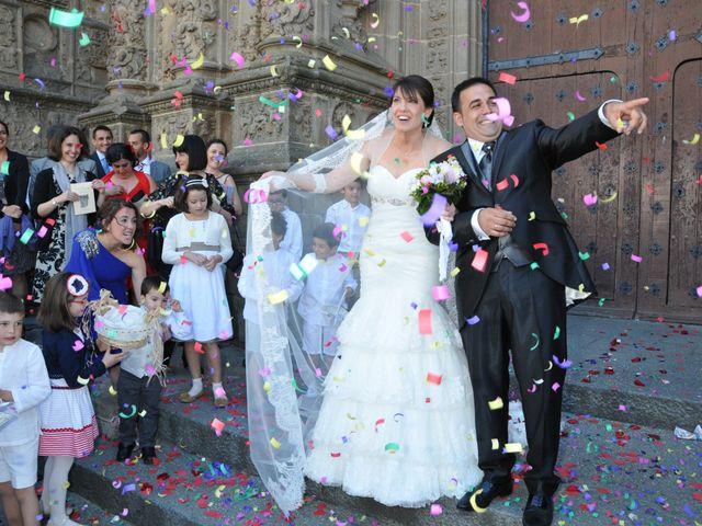 La boda de Aitor y Camino en Valdastillas, Cáceres 15