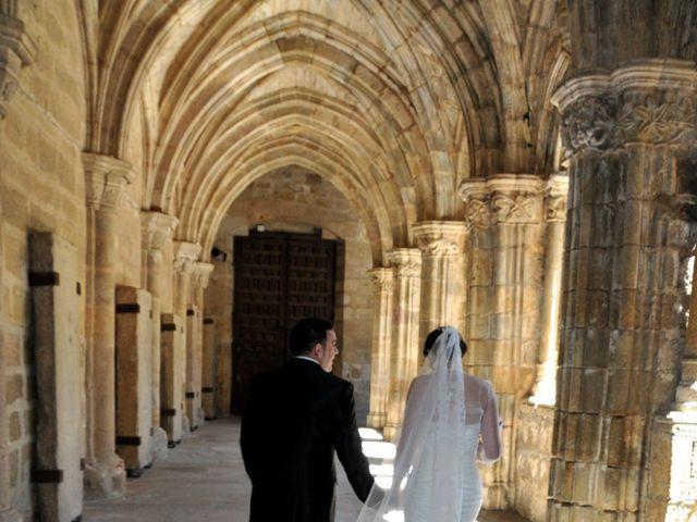 La boda de Aitor y Camino en Valdastillas, Cáceres 18