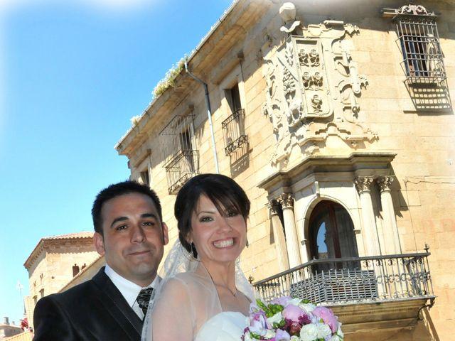 La boda de Aitor y Camino en Valdastillas, Cáceres 20