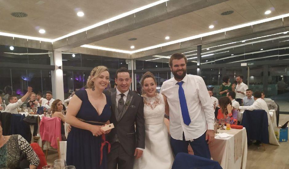 La boda de Miguel y Débora en Muro De Alcoy, Alicante
