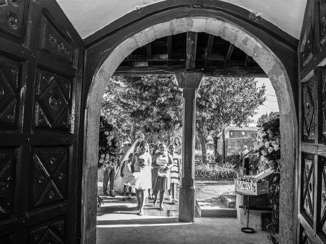 La boda de Luis y Mirena en Carracedelo, León 22