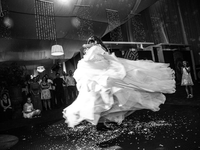 La boda de Luis y Mirena en Carracedelo, León 56