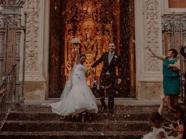 La boda de Paco y  Cristina  en Sevilla, Sevilla 2