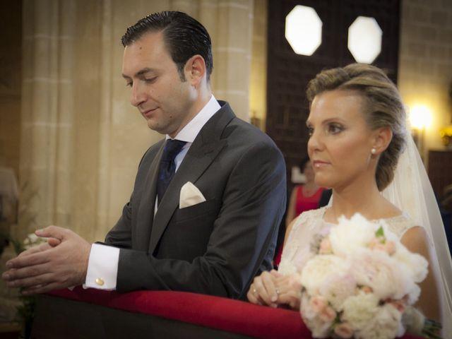 La boda de Juan Lucas y Patricia en Jerez De La Frontera, Cádiz 17