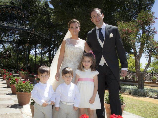 La boda de Juan Lucas y Patricia en Jerez De La Frontera, Cádiz 36