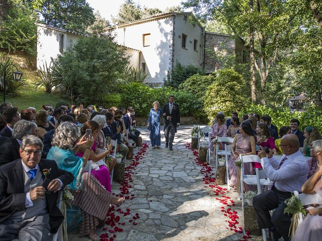 La boda de Xenia y Josep en Montseny, Barcelona 13