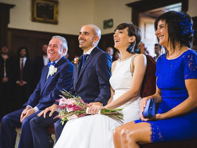 La boda de Alex y Laura en Vigo, Pontevedra 14