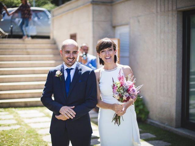 La boda de Alex y Laura en Vigo, Pontevedra 37