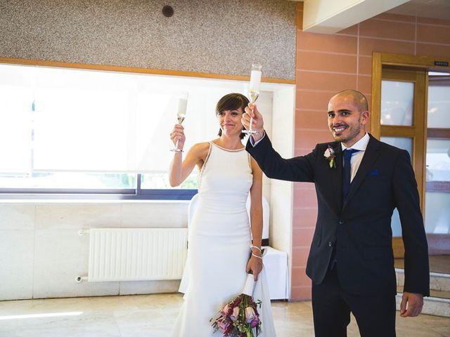 La boda de Alex y Laura en Vigo, Pontevedra 42