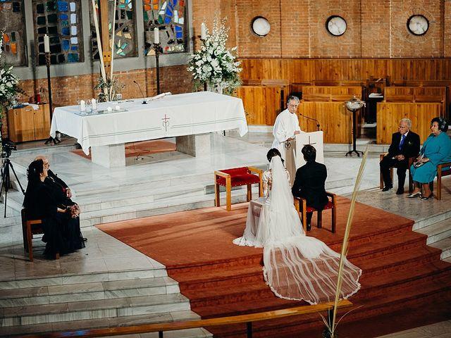 La boda de Luis y Yvonne en Madrid, Madrid 15