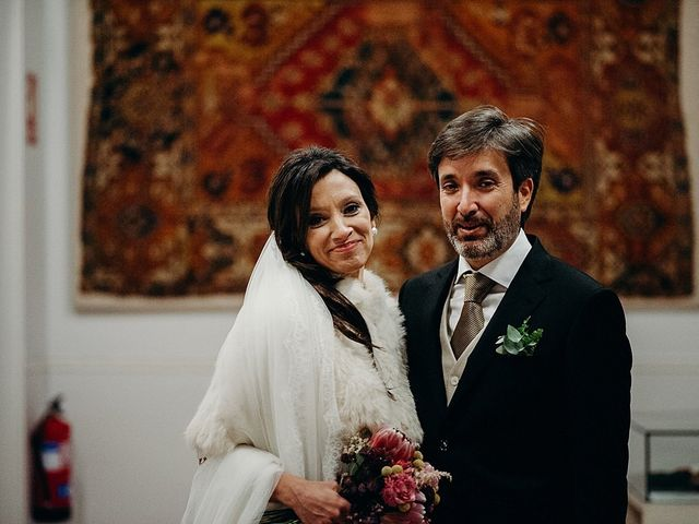 La boda de Luis y Yvonne en Madrid, Madrid 18