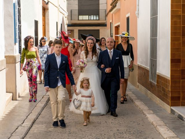 La boda de Carlos y Nuria en Alzira, Valencia 44