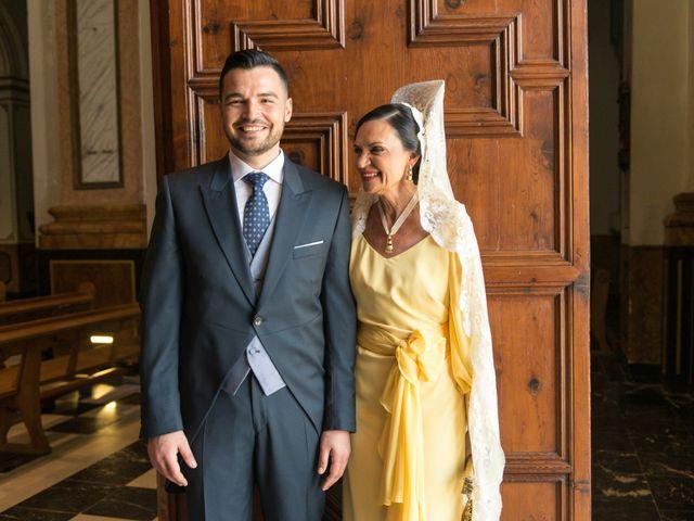 La boda de Carlos y Nuria en Alzira, Valencia 45